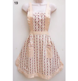 19 Flowers Circle English Country Style Apron