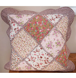 "18"" x 18"" Red Brown Floral Patchwork Cushion Cover"
